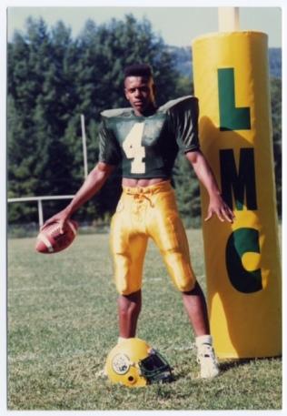 Troy Brown004